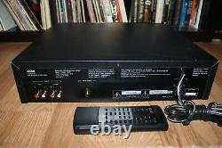 ADCOM GCD-700 5-DISC CHANGER CD PLAYER With Remote Beautiful Condition
