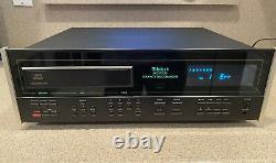 McIntosh MCD7008 MusicBank 7-Disc CD Changer Player Please Read