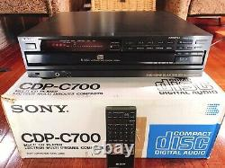 Sony CDP-C700 CD Player / 5 Compact Disc Changer, 1989, Made in Japan, Vintage