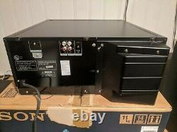 Sony CDP-CX400 400-disc Carousel CD changer player Excellent + Box + Remote