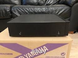 Yamaha CDC-697, 5-Disc Carousel CD Changer Player w Remote Original Box